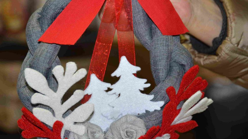 Mercatino di Natale 2016. Ghirlanda natalizia
